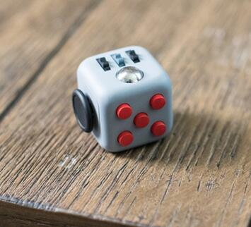 Fidget Cube - www.estoesmiruina.com